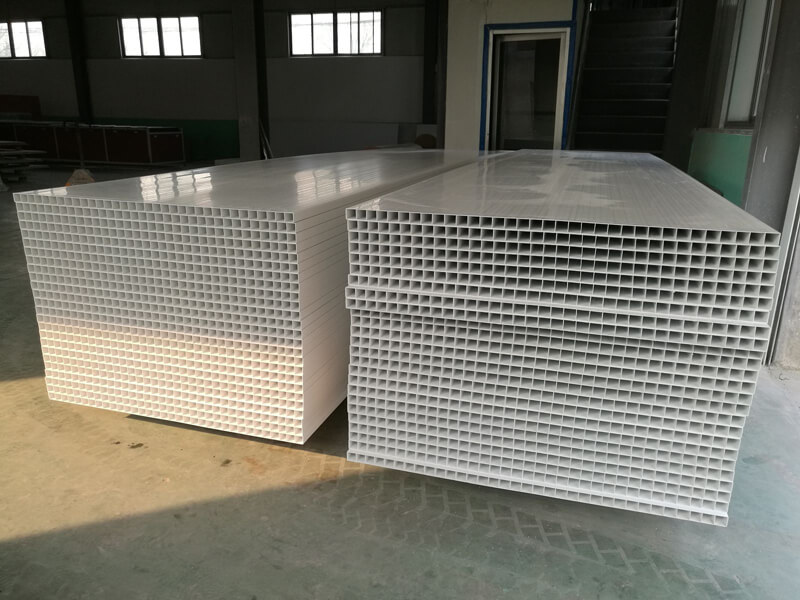 Plastic (PVC) Panels/Plastic Planks